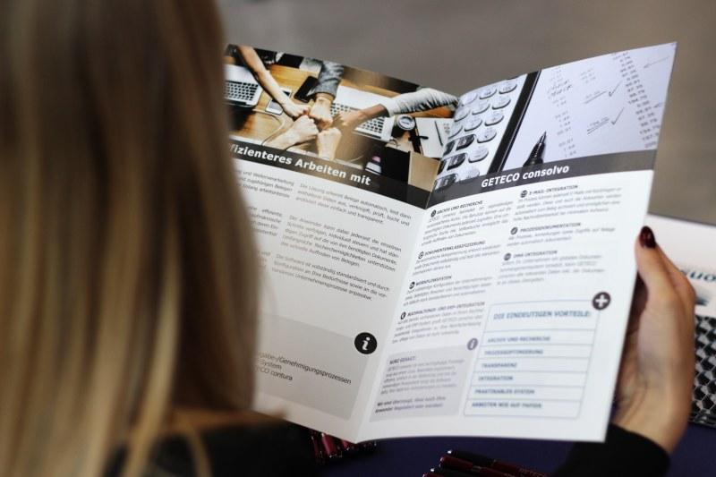 Bild zum Nachgefragt: Die Vorteile des Rechnungseingangsbuchs consolvo